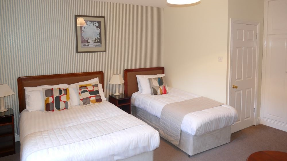 Double Bed With Extra Single Bed (1st Floor)